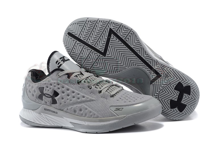 Acheter Maintenant Pas Cher Homme - Under Armour Curry 1 Low Gris Noir